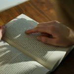 不満や悩みは、本を読めば解決します