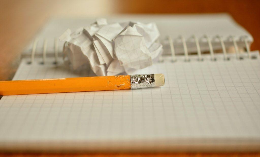 ホームページやブログを作るのに、言葉の使い方や文法?関係ありません。