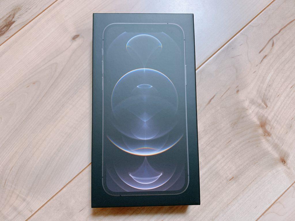 iPhone12Pro箱のビニールなし