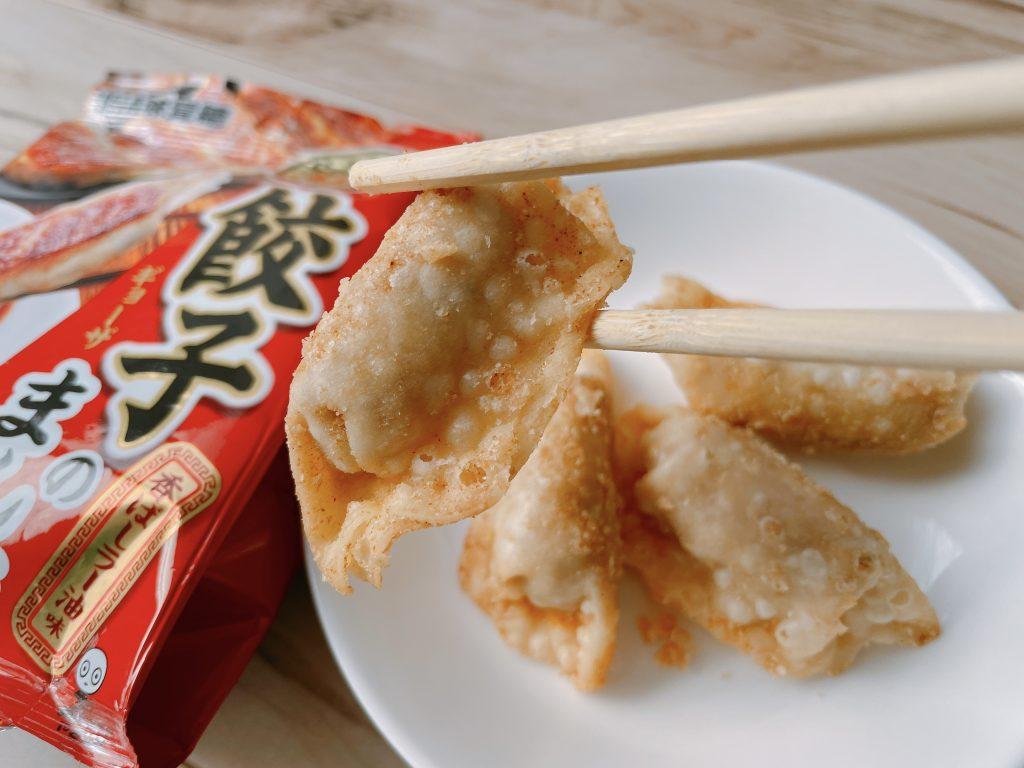 餃子のまんま-香ばしラー油味の表面