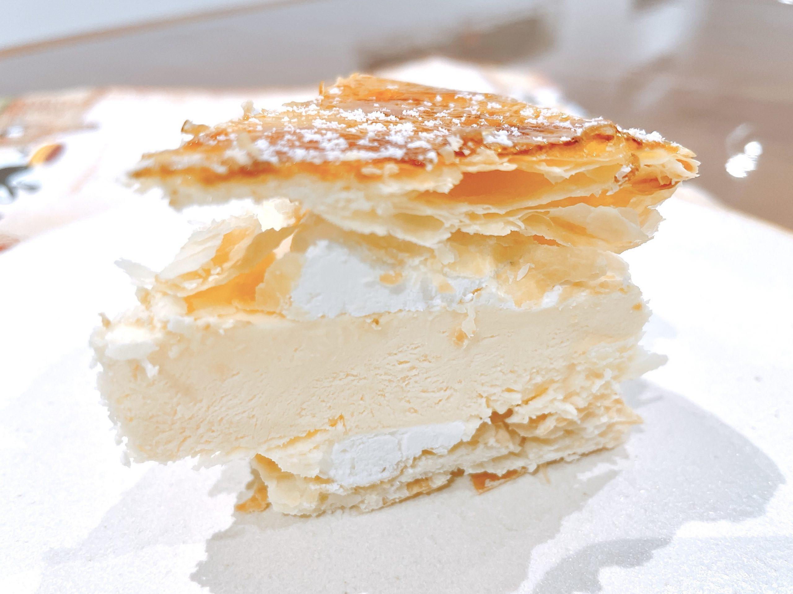 EGOAL(イーゴール)のブリュレチーズケーキは、ちょっと食べにくい